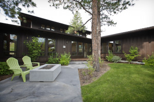 NW_Crossing_Prairie_Wright_Architecture_Courtyard_Firepit_Greg_Welch1