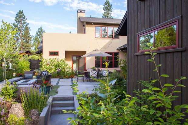 586-rear-garden-oasis1