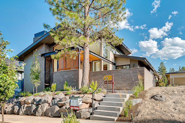 midcentury-modern-brick-side-exterior